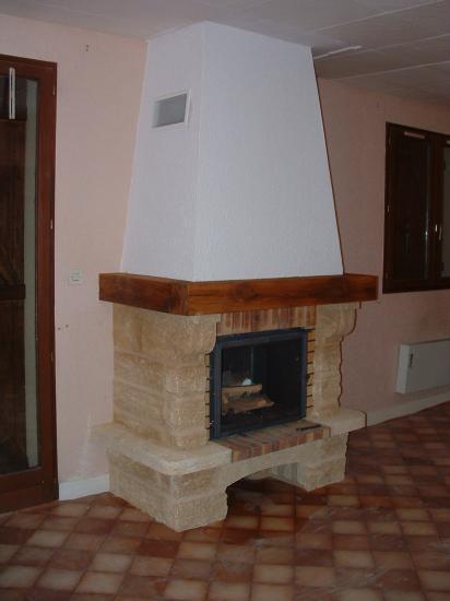 cheminee de face 140 en pierre du gard