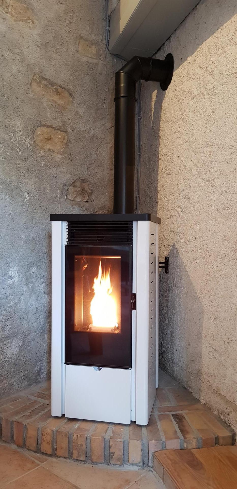 Poêle granulé étanche Stove Industry 9 kW / ventouse horizontale