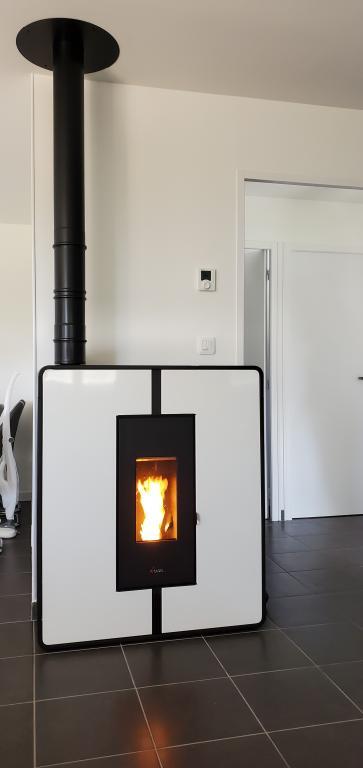CADEL Tile 10kW en Ventouse Verticale MODINOX 80/125mm