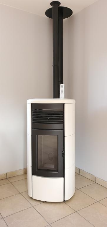 MCZ CLUB 12kW Comfort Air / conduit concentrique MODINOX / canalisation d'air chaud