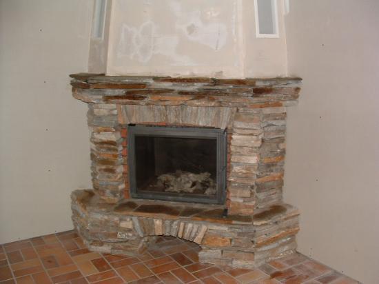 cheminee de coin  en barettes