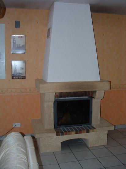cheminee pierre du gard lisse linteau en pierre